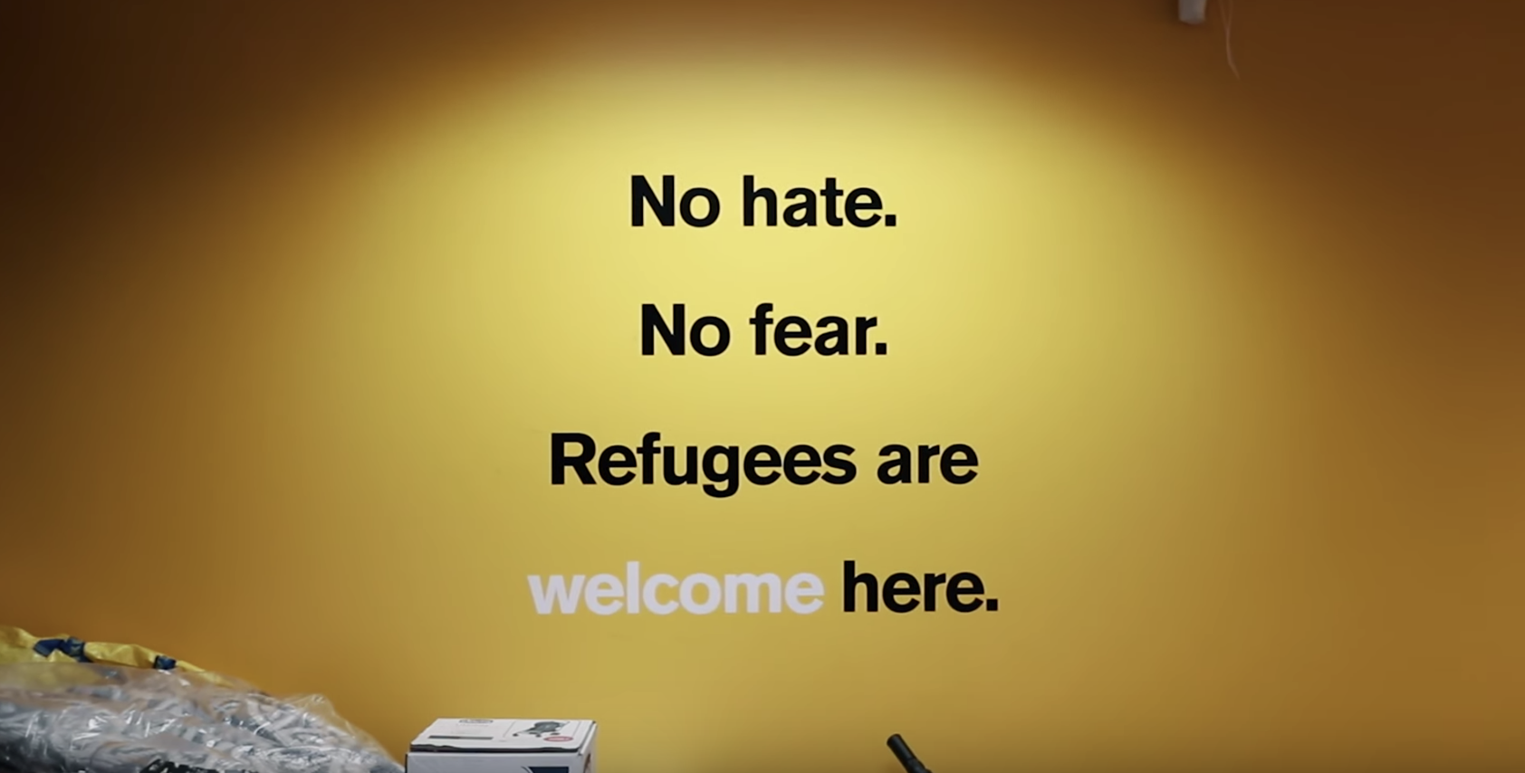 refugees are welcome NOMATIC gives back for the holidays